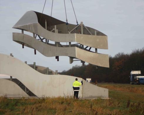 2012 opbouw Monument 3 NOP